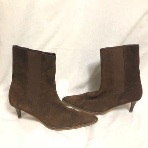 7fc80264f6b1a Banana Republic Shoes - Banana Republic Brown Suede Kitten Heel Boots